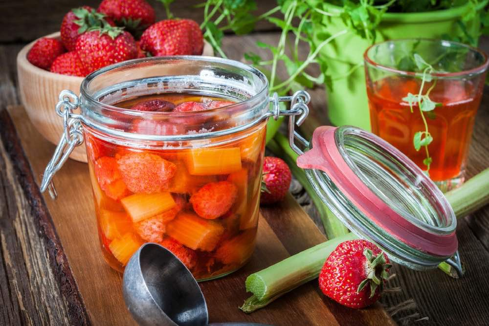 confiture-rhubarbe-celibataire-fooding